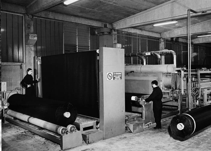 El primer marco para la producción de césped sintético Italgreen